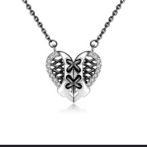 NWT Silver Corset Rhinestones Goth Heart Necklace!